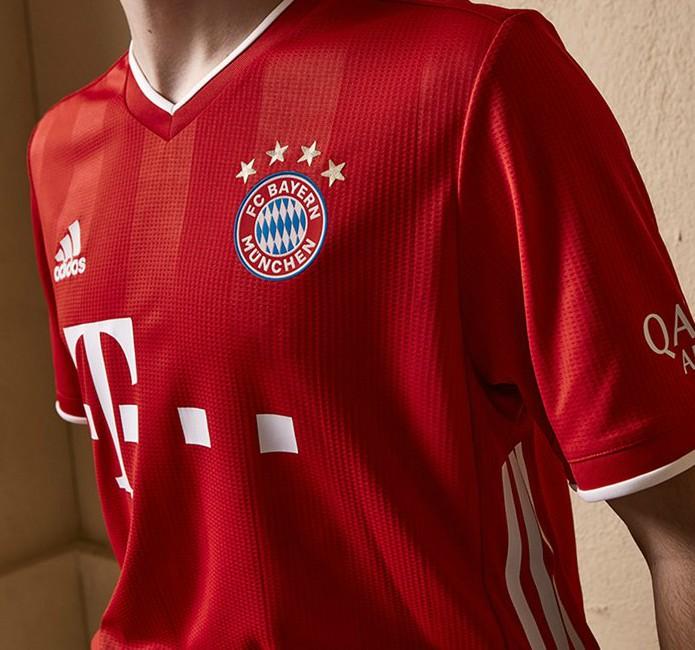 Stripe Detailing Bayern Home Top 2020