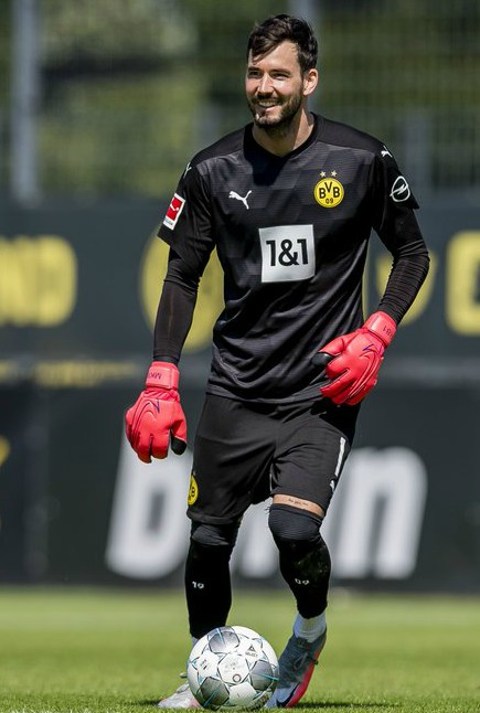 Black BVB Goalkeeper Shirt 20-21