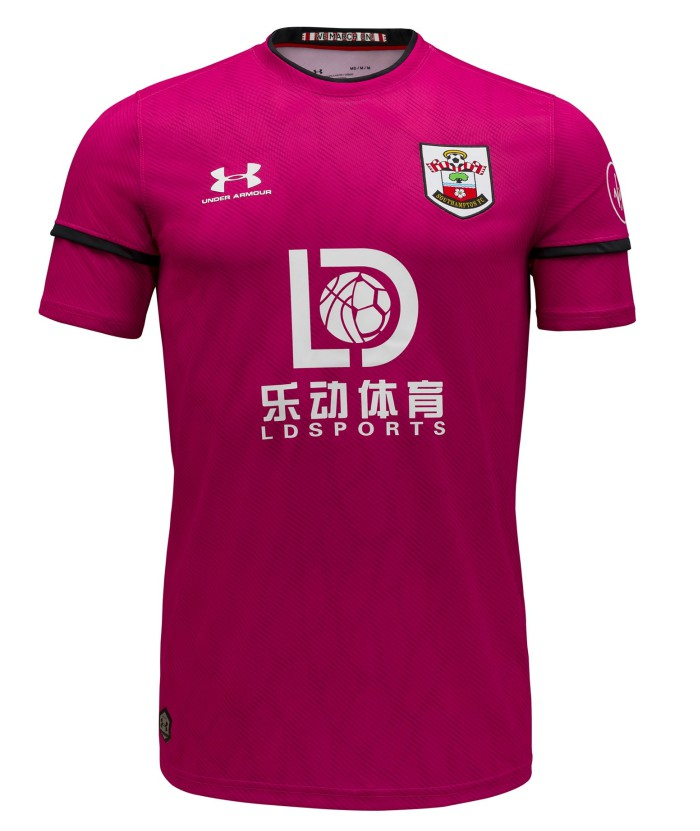 Pink Southampton FC Goalkeeper Kit 20-21
