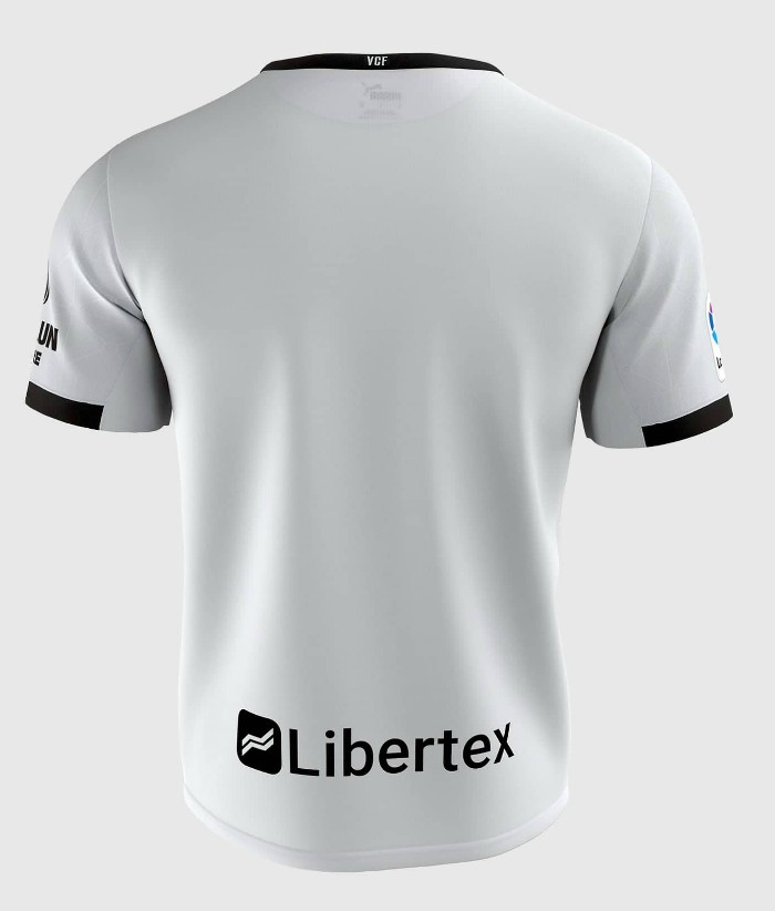 Back of Valencia Home Kit 20-21