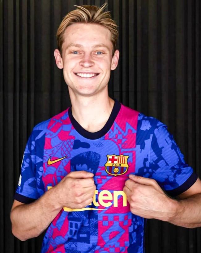Frenkie de Jong Barcelona UCL Shirt 2021 22